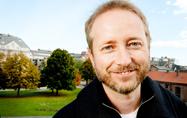 Bård Vegar Solhjell møter lokale sjakkinteresserte