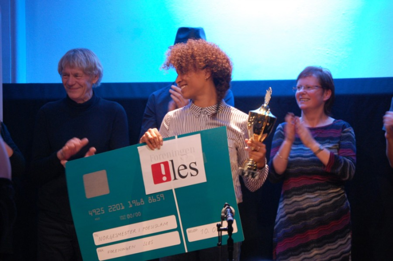 Evelyn Rasmussen Osazuwa vant NM i poesislam